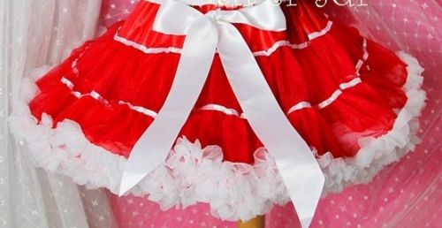 Red and White Pettiskirt/Tutu - Lovely for Christmas, Valentines Day, Birthdays & everyday (Last one 5-7 years)