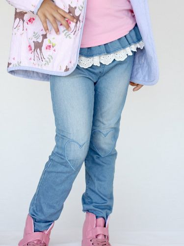 Curious Wonderland Heart Patch Frill Denim Jeans (Size 7)