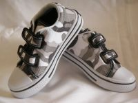 Styl-Us Commando Shoes (size 9-12)